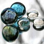 stones on mirror 150